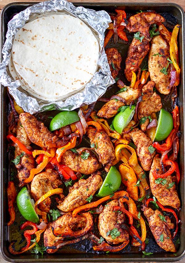 Sheet-Pan-Chicken-Fajitas-3
